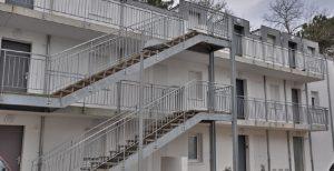 Fabrication Escalier Biarritz logement galvanisé MFD-GOUDRARD