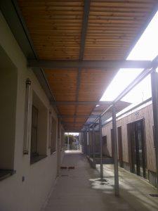 Collège de Monein coursive vitré avec sous face bois MFD GOUDARD