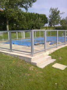 Garde corps barrière de piscine vitré MFD GOUDARD
