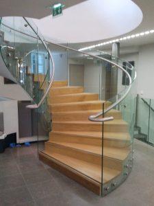 escalier verre haut de gamme