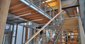 Quiksilver-NA-PALI-St-Jean-de-Luz-escalier-et-garde-corps-verre-MFD-GOUDARD